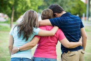 Помощь родственнкам зависимых от алкоголя и наркотиков людям